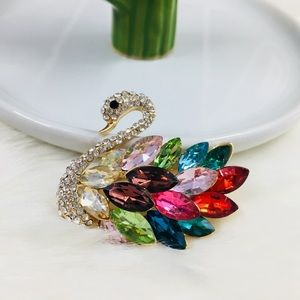 Beautiful Swan Crystal Rhinestone Brooch